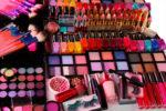 Как правильно хранить декоративную косметику?